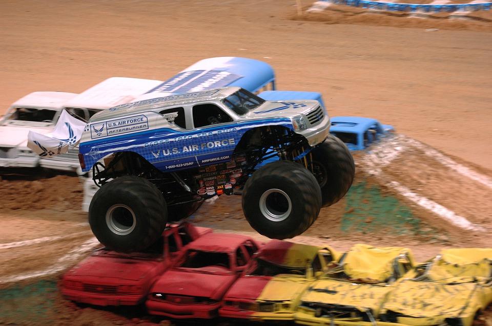 Bigfoot Monster Truck vezetés: az óriások földjén járva