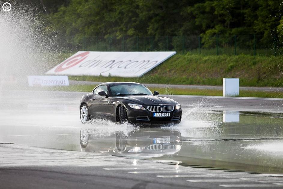 Autós Vezetéstechnikai Kompakt Tréning - Saját Autóval - 4.