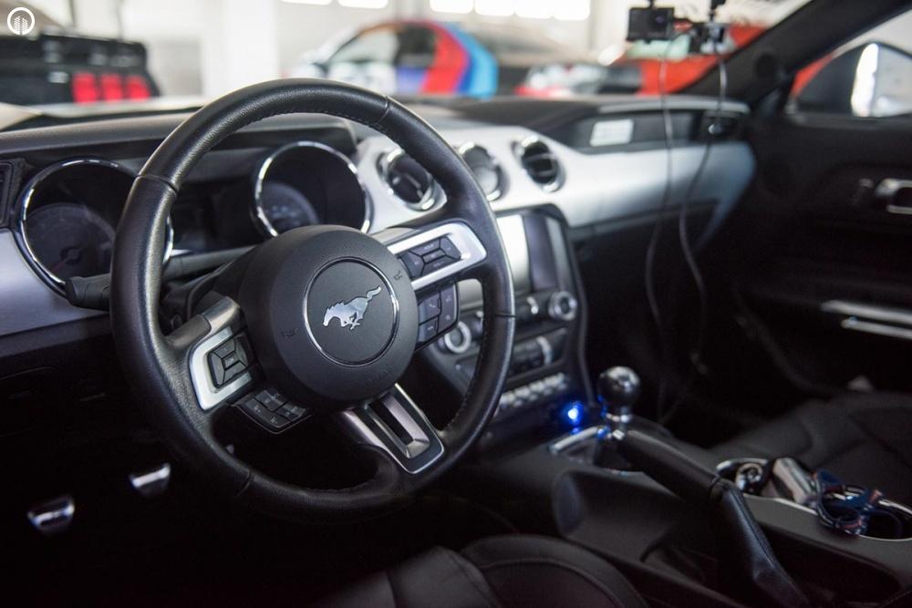 Ford Mustang GT 500 Lóerős Izomautó Vezetés a Hungaroringen - 2.