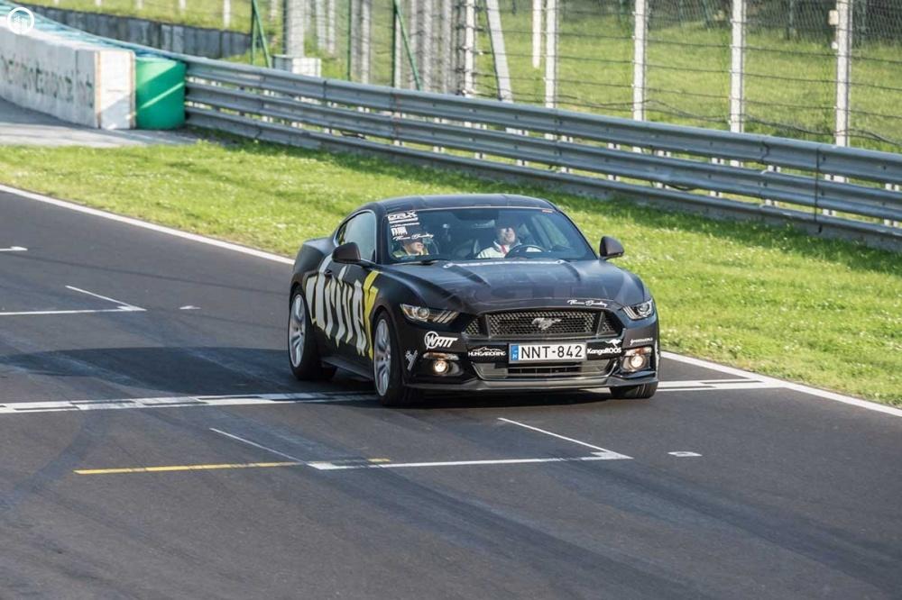 Ford Mustang GT 500 Lóerős Izomautó Vezetés a Hungaroringen - 3.