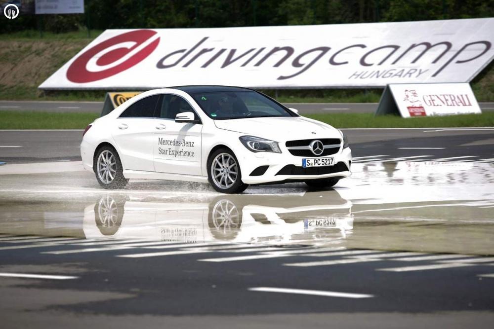 Mercedes-Benz Vezetéstechnikai Tréning - Saját Autóval - 1.