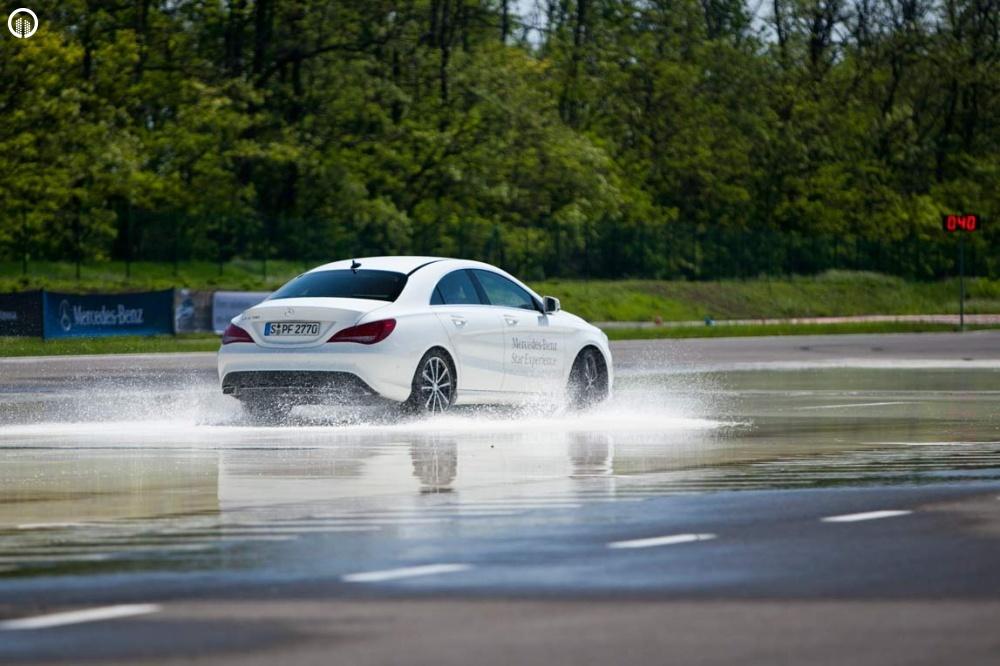 Mercedes-Benz Vezetéstechnikai Tréning - Saját Autóval - 3.