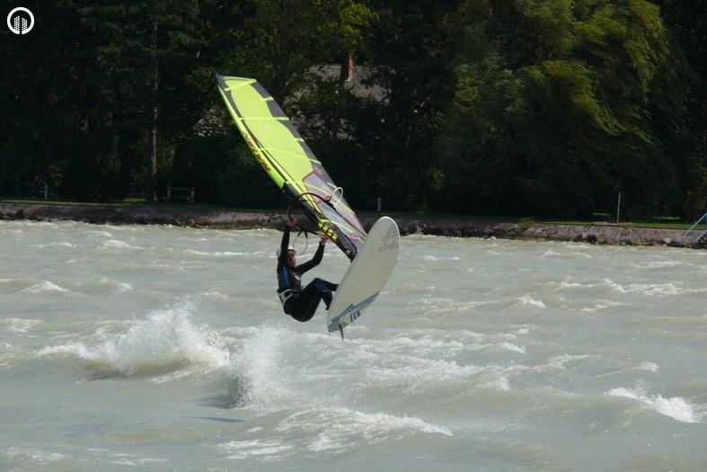 Szörfözés a Balatonon Oktatással együtt 1 óra - 1.