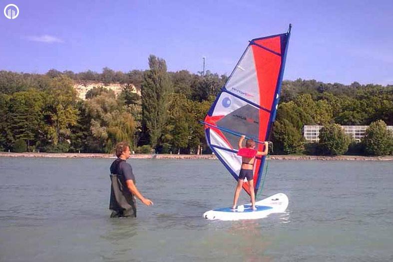 Szörfözés a Balatonon Oktatással együtt 1 óra - 3.