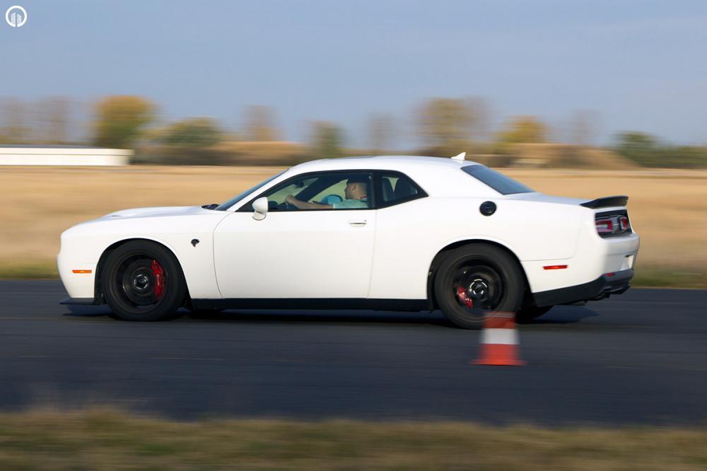 V8 Legendák  | Dodge Challenger és Ford Mustang Vezetés - 4.