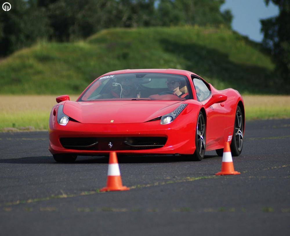 Olasz legendák egy csomagban  | Ferrari 458 Italia és Lamborghini Gallardo Vezetés - 2.