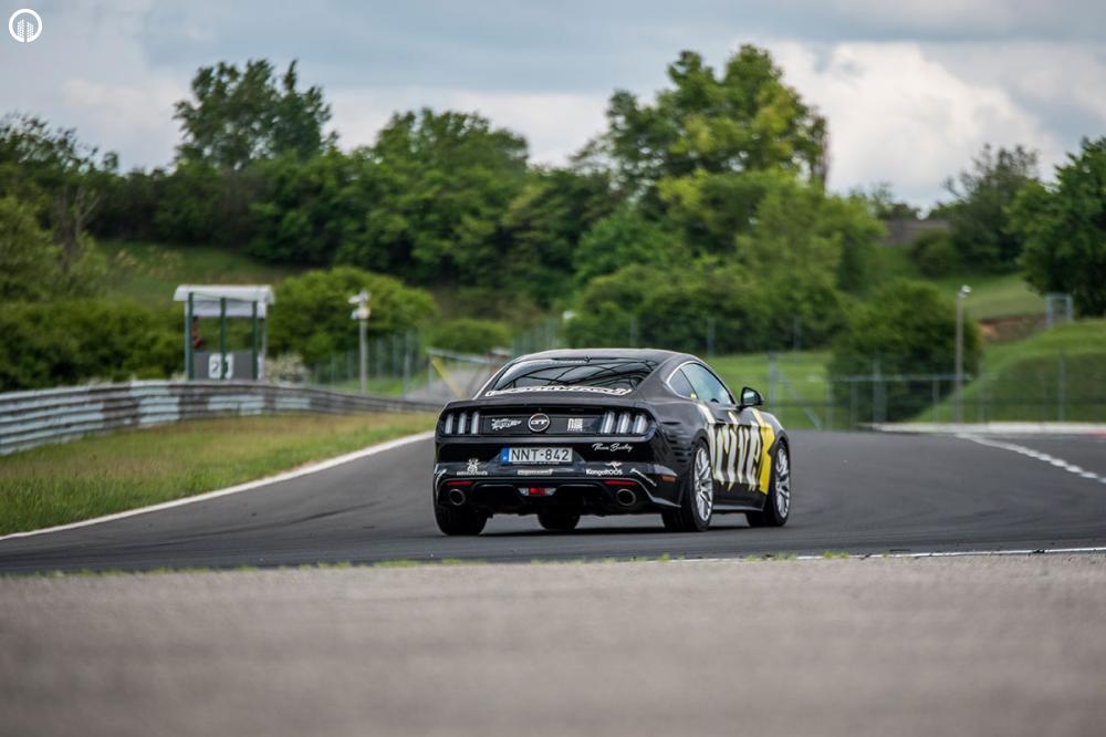 Ford Mustang GT 500 Lóerős Izomautó Vezetés a Hungaroringen - 5.