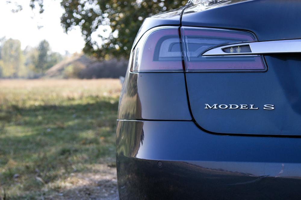 Tesla Model S 85D Elektromos SzuperSportautó Vezetés a DRXRingen - 2.