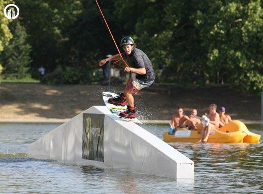 Wakeboardozás a Városligeti tavon - 2.