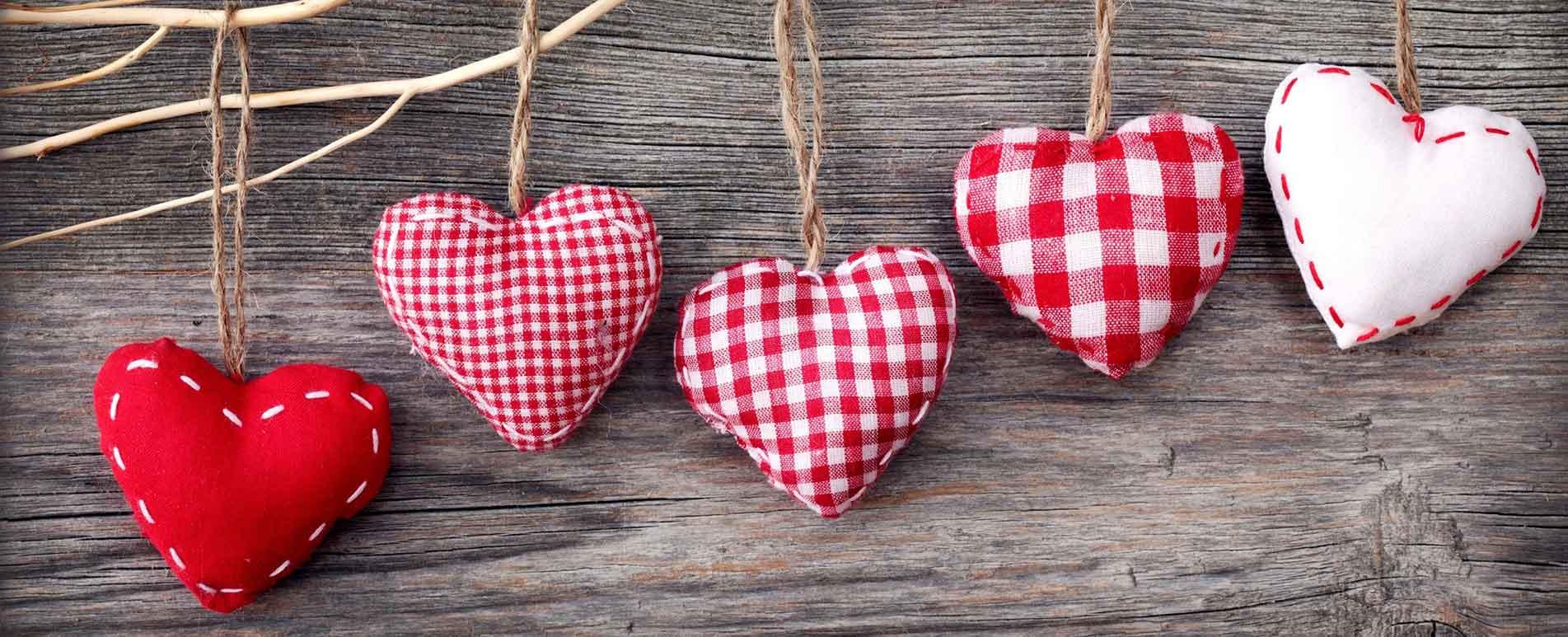 Ajándék ötletek Valentin napra nőknek és férfiaknak