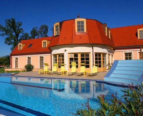 Zichy Park Hotel****